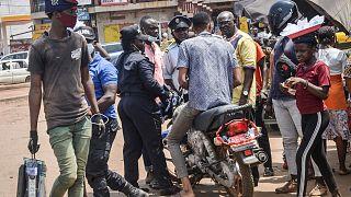 Guinée : fermeture des lieux de loisirs et pass sanitaire obligatoire