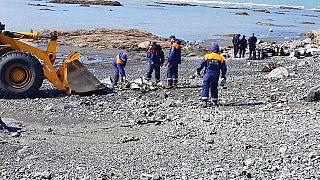 Elicottero precipitato nella riserva di Kronotsky: operazioni di soccorso sulle sponde del lago Kuril in Kamchatka