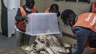 Les zambiens dans l'attente des résultats de la présidentielle