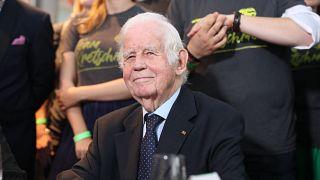 Kurt Biedenkopf vor zwei Jahren bei der Veröffentlichung der Ergebnisse der Landtagswahl in Sachsen.