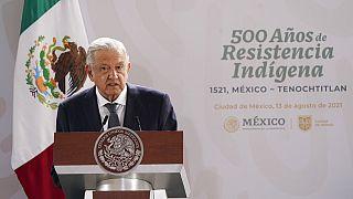 الرئيس المكسيكي أندريس مانويل لوبيز أوبرادور خلال احتفال لإحياء الذكرى السنوية الـ 500 لسقوط عاصمة إمبراطورية الأزتك- 13 آب / أغسطس 2021