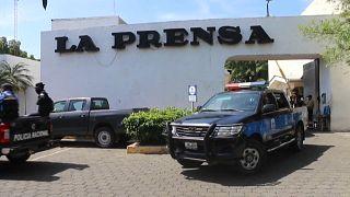 La Policía nicaragüense allana el diario La Prensa