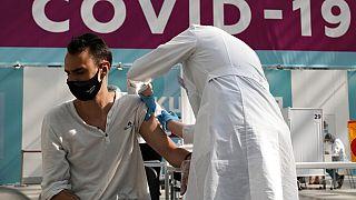 Archive du 12 juillet 2021, dans un centre de vaccination de Moscou, Russie