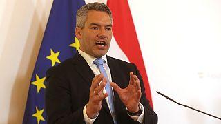 وزیر کشور اتریش