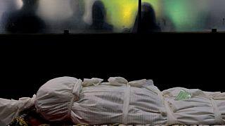 کرونا همچنان در ایران جان میگیرد