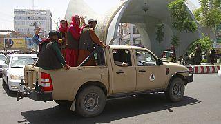 La resa di Kabul, i talebani al potere