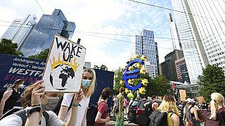 Protestos pelo clima durante toda a semana