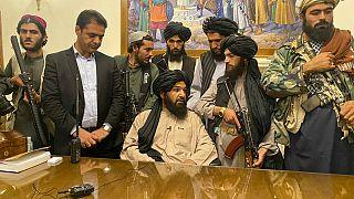 Les talibans au pouvoir : l'autre stratégie plus conciliante de la Russie