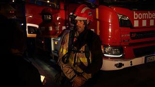 Un bombero en un incendio en Tarragona, en la región de Cataluña, España. Foto tomada el 25 de julio de 2021. (Archivo).
