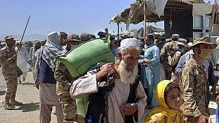 Soldati pakistani di guardia al confine con l'Afghanistan