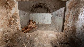 Una nuova scoperta a Pompei: tomba con resti umani mummificati
