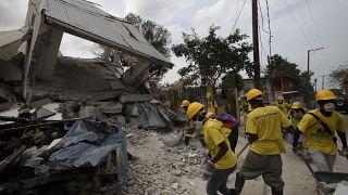 خسائر الزلزال المدمر في بورت أو برنس في هايتي.
