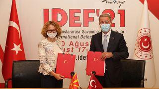 Οι υπουργοί Άμυνας της Βόρειας Μακεδονίας και της Τουρκίας
