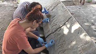 اكتشاف نقوش أثرية في حفريات باليكسير- تركيا
