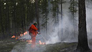 Борьба с пожарами в Якутии