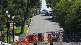 """ABD Kongre binası yakınında """"bombalı araç"""" paniği"""
