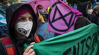 برلین؛ اعتراض طرفداران محیط زیست به سیاستهای اقلیمی دولت آلمان