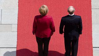 Merkel búcsút vesz Putyintól