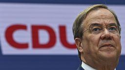 Législatives allemandes : la campagne chaotique d'Armine Laschet, candidat de la droite