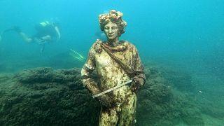 ویرانههای باستانی در زیر آب
