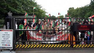 هزاران نفر با شعار «صلح در افغانستان» در لندن تظاهرات کردند