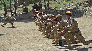 Entrainement militaire pour les hommes incarnant la résistance anti-talibans, dans la vallée du Panjshir en Afghanistan, le 21/08/2021