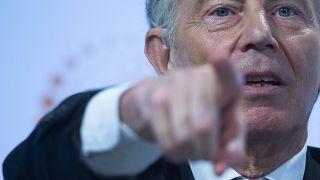 Tony Blair beszédet mond a Thomson Reuters londoni székházában 2018. október 11-én