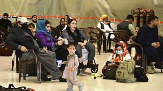 Эвакуированые в Индию афганцы