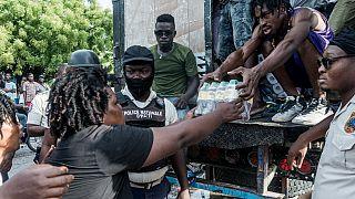 Haïti : 10 jours après le séisme, le bilan continue de s'alourdir
