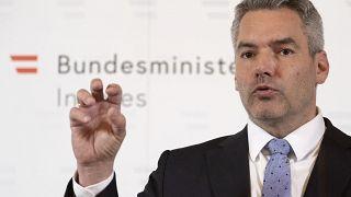 """Австрия говорит беженцам """"нет"""""""