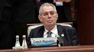 A cseh elnök egy két évvel ezelőtti kínai befektetési konferencián
