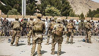 Des soldats américains aux abords de l'aéroport de Kaboul