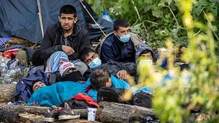 Polonya-Belarus sınırında sıkışan göçmenler