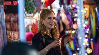 نیکول کیدمن بازیگر سرشناس هالیوود در بازار شبانه هنگکنگ