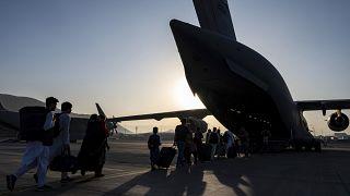 روسيا تقوم بعمليات اجلاء من افغانستان