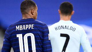 Mbappe'nin bir dönem Real Madrid forması giyen Ronaldo hayranı olduğu biliniyor