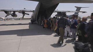 Iszlámábádi tudósító: minden nappal kevesebb az esély a menekülésre Afganisztánból