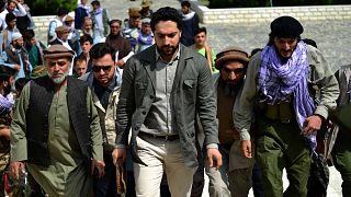 أحمد مسعود نجل القائد الأفغاني الراحل أحمد شاه مسعود، يصل إلى عند قبر والده الراحل في ولاية بانشير في 5 يوليو 2021
