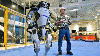 El robot humanoide Atlas de Boston Dynamics durante una presentación