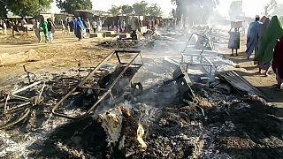 صورة من الارشيف -  في بادو بالقرب من مايدوجوري في 28 يوليو 2019، بعد هجوم بوكو حرام على جنازة في شمال شرق نيجيريا
