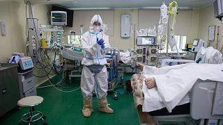 مستشفى لمرضى فيروس كورونا في موسكو، روسيا، الثلاثاء 13 يوليو 2021
