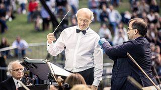 Fischer Iván megkapja a harmadik oltást, 2021. 08. 25-én a Tabánban