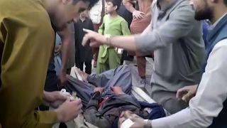 حملات انتحاری در اطراف فرودگاه کابل