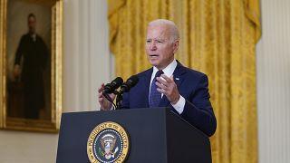 Biden asegura que perseguirá a los autores de la masacre