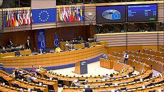 Europeus preferem que governos nacionais façam gestão de fundos da UE