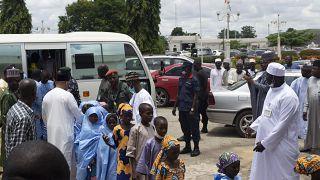 Похищенных в мае школьников вернули домой
