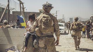 Contagem decrescente em Cabul por entre risco acrescido de mais ataques