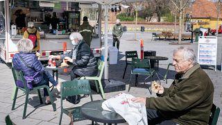 Посетители кафе в Дании