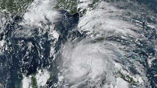 Maltempo: l'uragano Ida spazza Cuba, domenica raggiungerà gli Stati Uniti