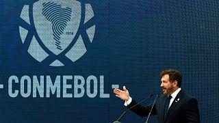 رئيس اتحاد أمريكا الجنوبية لكرة القدم (كونميبول) أليخاندرو دومينغيس.
